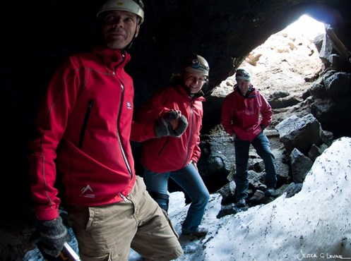 IT Essential Iceland-caving